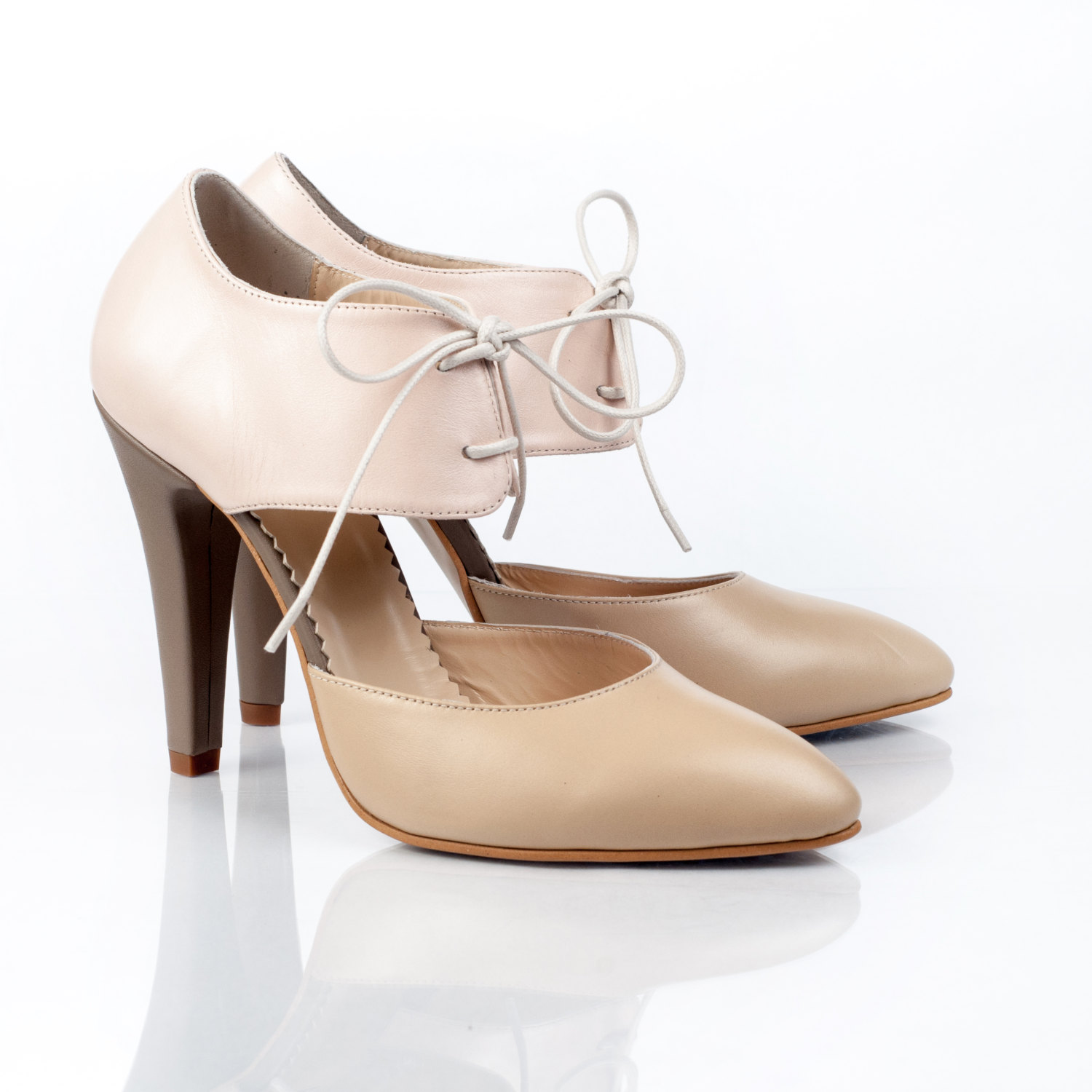 The Preppy Nude Toned Leather Pumps